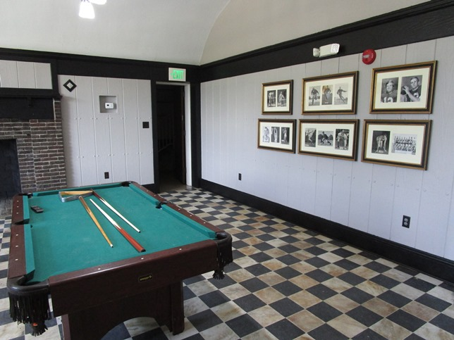 Delta Delta Chapter House Game Room